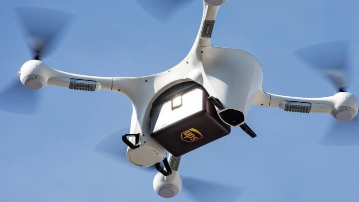 Drone ile ilaç teslimatı